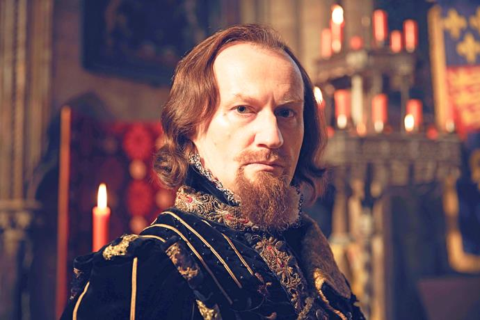 Spymaster Lord Robert Cecil is on a mission for the king.