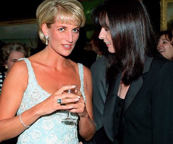 The ring became iconic when Princess Diana showcased the sparkler at her Christies auction.