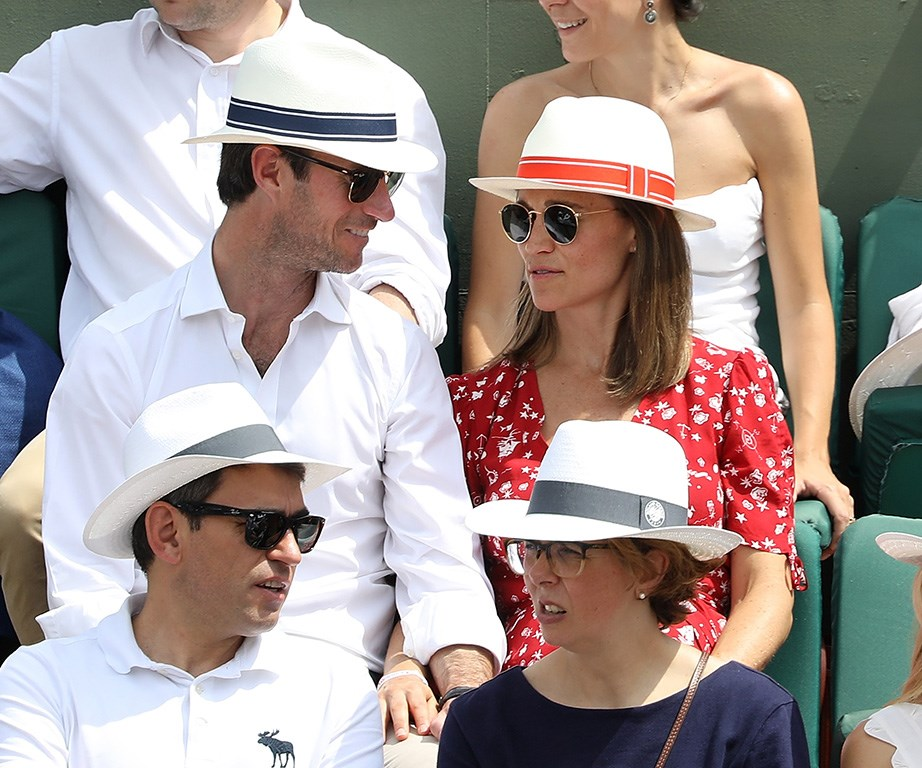 The couple wore matching hats!