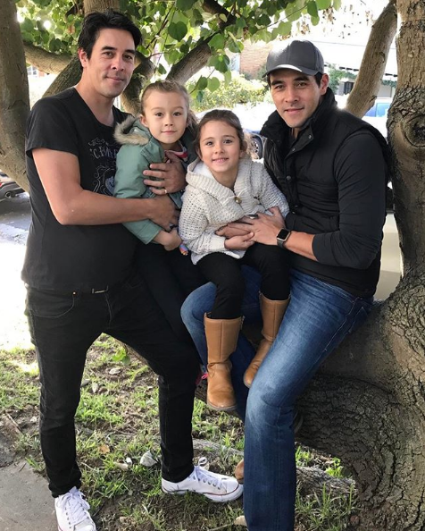 "Seeing double-double? Fair enough! James shared this photo of himself and twin brother, Nick, and their two mini-me daughters, [Grace and Scout who could pass as sisters](https://www.nowtolove.com.au/celebrity/celeb-news/james-stewart-is-reunited-with-daughter-scout-33480|target=""_blank""). We can't get over how similar their gorgeous daughters look."