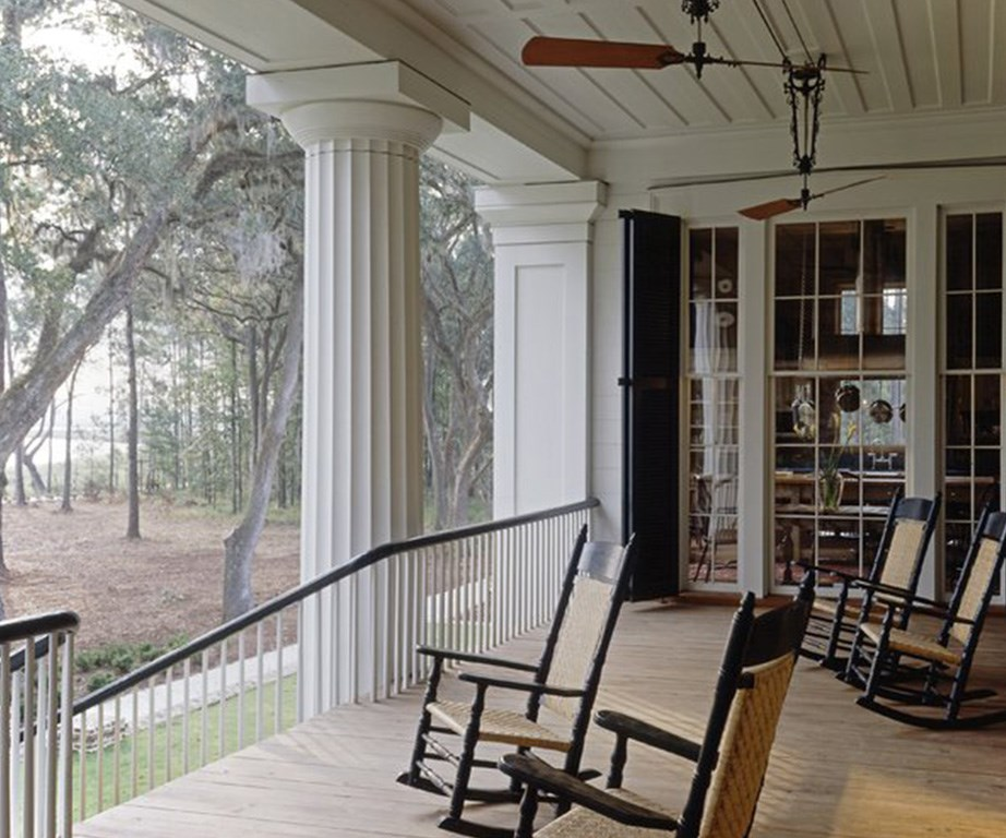 Now that's a verandah! *Image: Engel & Völkers.*