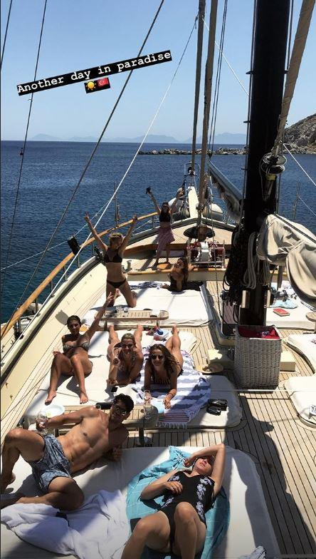 Anna's sister Charlotte shared a snap of the yacht crew