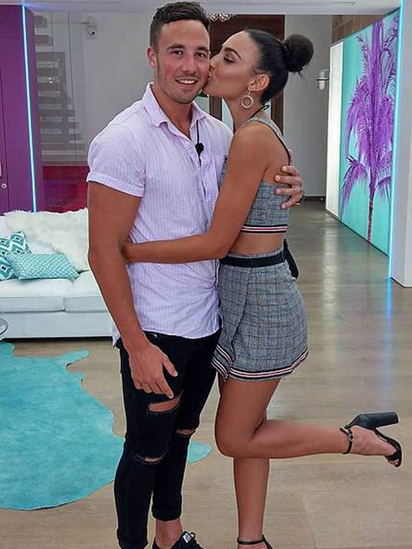 """""""Tayla and Grant, who?"""" Cassidy says she's already forgotten about her villa-mates."""