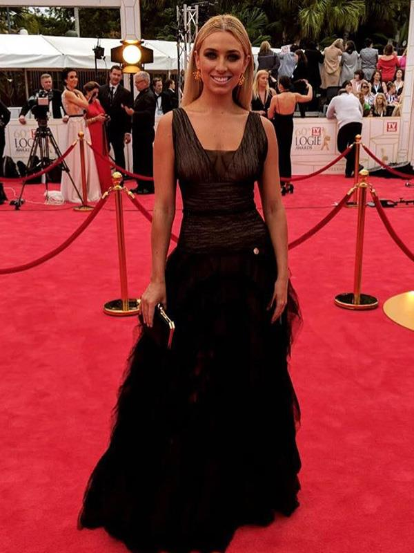 *Love Island*'s Cassidy McGill owning the  Logies' red-carpet in this black, lace-and-tulle gown.