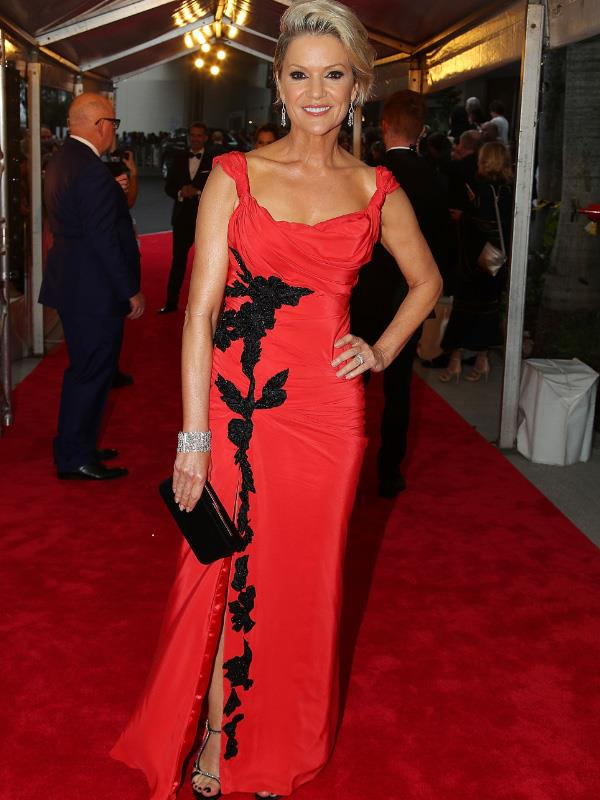 This just in: Always polished, always stylish Sandra Sully has hit the Logies' red carpet and we've never seen her look so good!