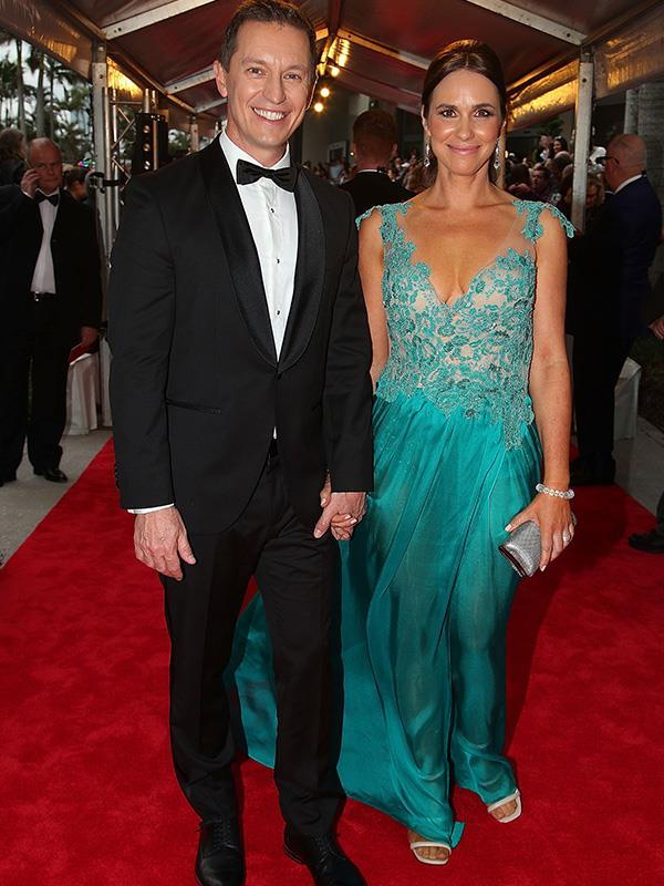 Hand-in-hand, Rove McManus and Tasma Walton win Best Couple on the Red Carpet!