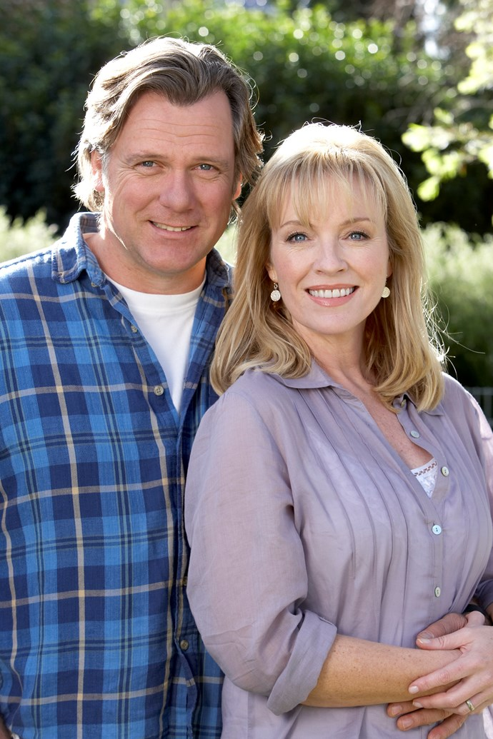 Erik Thomson and Rebecca Gibney on *Packed To The Rafters.*