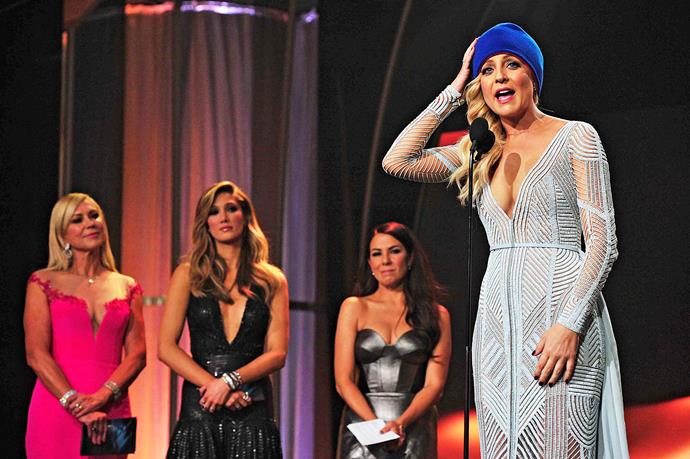 Carrie with her beanie at the 2015 T*V WEEK* Logie Awards.