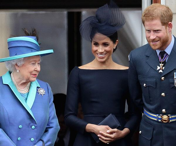 The Duchess looked confident and at ease as she chatted to her grandmother in-law.
