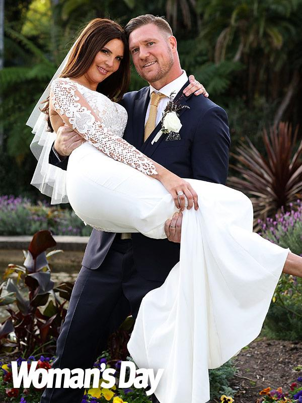 Dean married Tracey Jewel on the hit reality show.