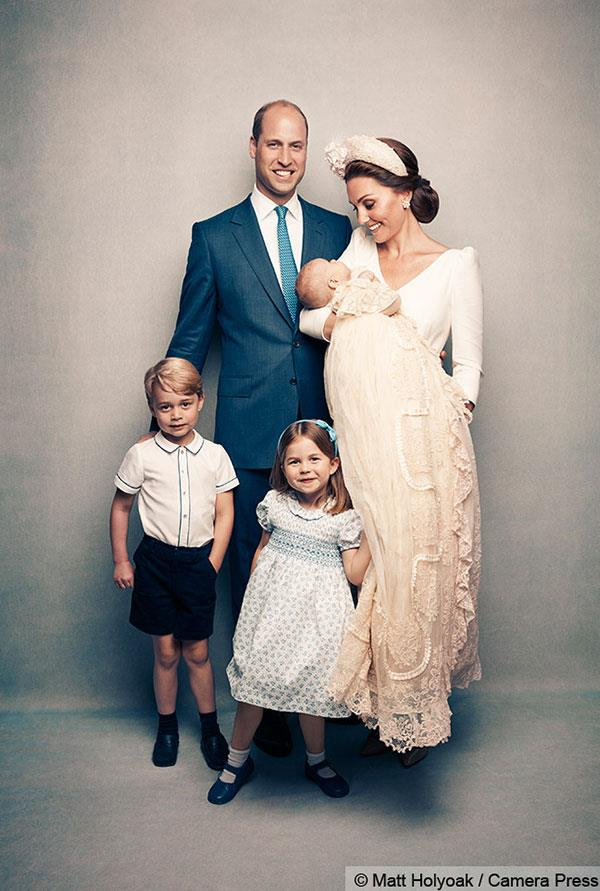 The Cambridge clan pose together for their first family photo as the fab five.