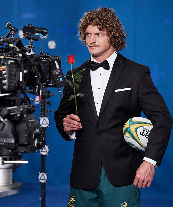 Roses at the ready! Nick Cummins aka the Honey Badger is about to meet 25 beautiful ladies on the 2018 series of *The Bachelor*.