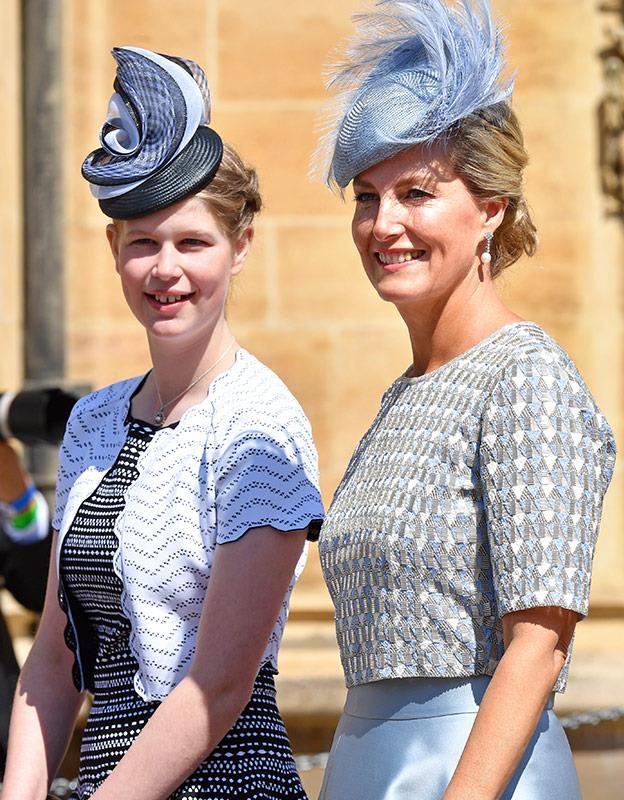 The beautiful mother-daughter duo at Prince Harry's wedding.