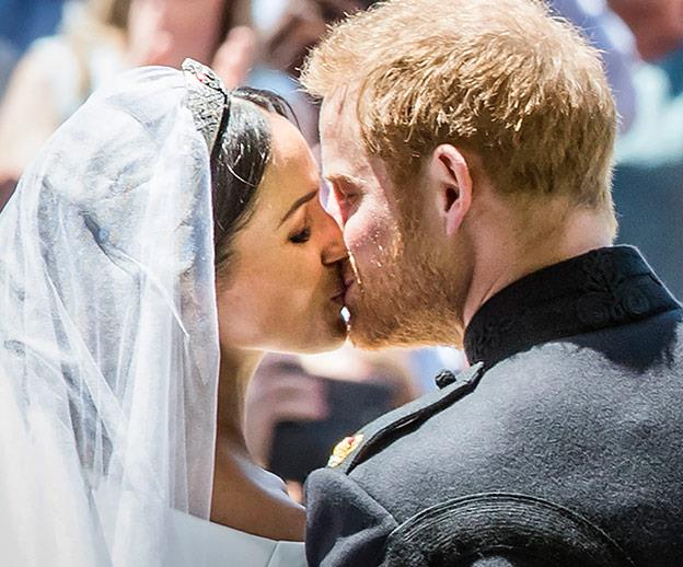 A kiss as man and wife.