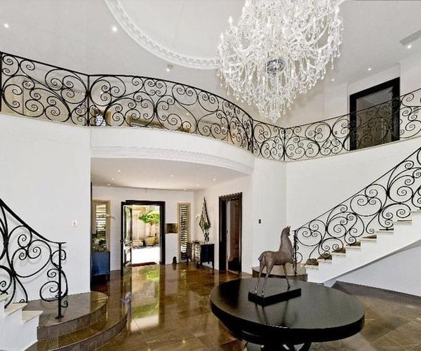 We can just imagine Harry waiting at the end of this staircase to greet his wife.