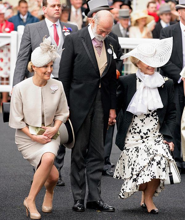 Sophie of Wessex and Princess Michael of Kent show us how it's done.