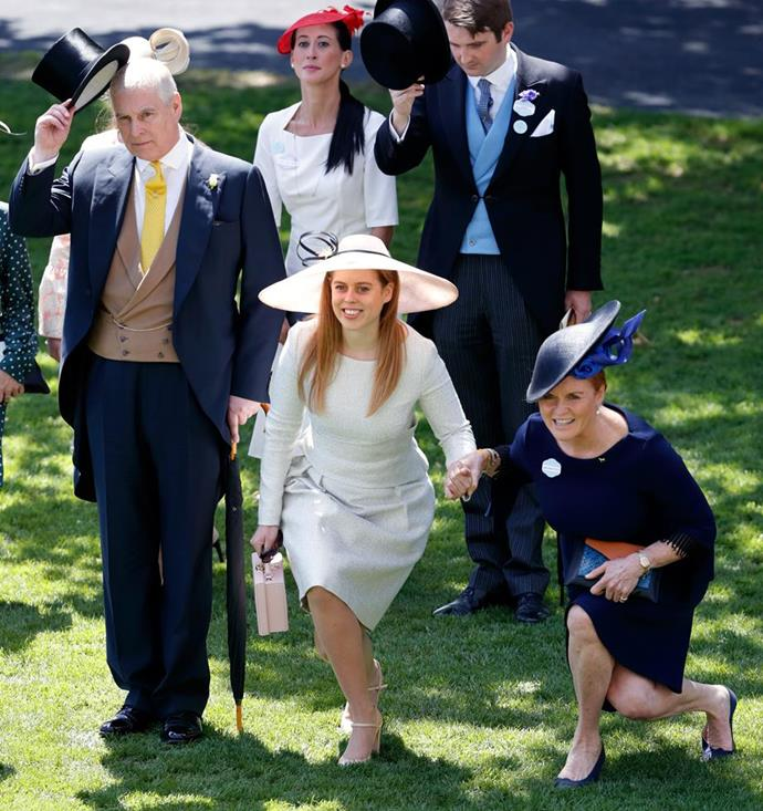 "Sarah Ferguson shows off her impressive core strength alongside daughter Princess Beatrice and ex-husband Prince Andrew at the annual [Royal Ascot](https://www.nowtolove.com.au/royals/british-royal-family/royal-ascot-fashion-49315|target=""_blank"") racing event in 2019."