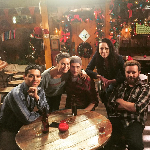 Wilmer Valderrama, Mila Kunis, Ashton Kutcher, Laura Prepon and Danny Masterson catch up for some beers during Christmas.