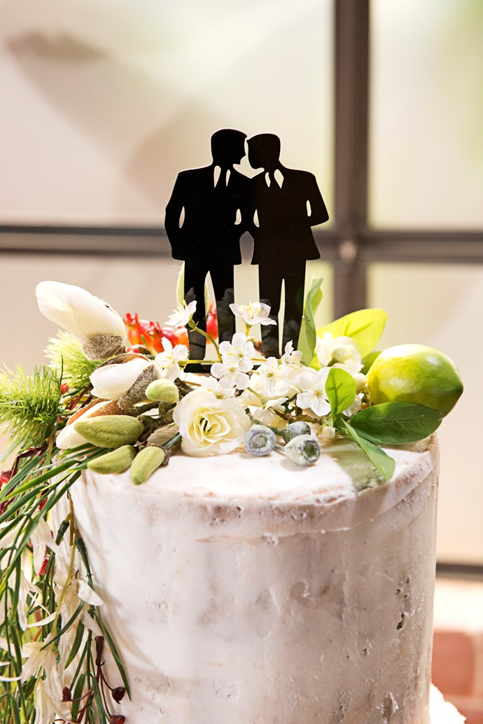 That's one tasty looking wedding cake!