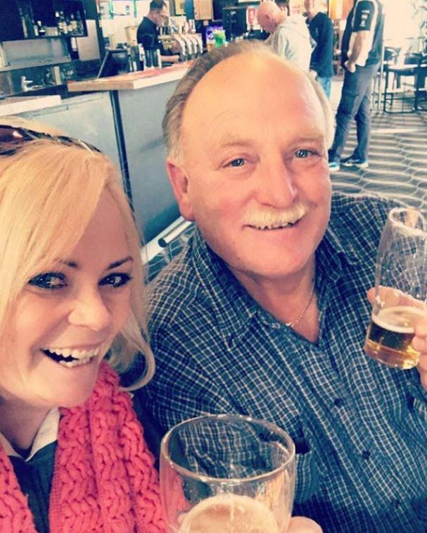 We can see where she gets it from! *MAFS* star Foxy Jojo shared a schooner with her dad.