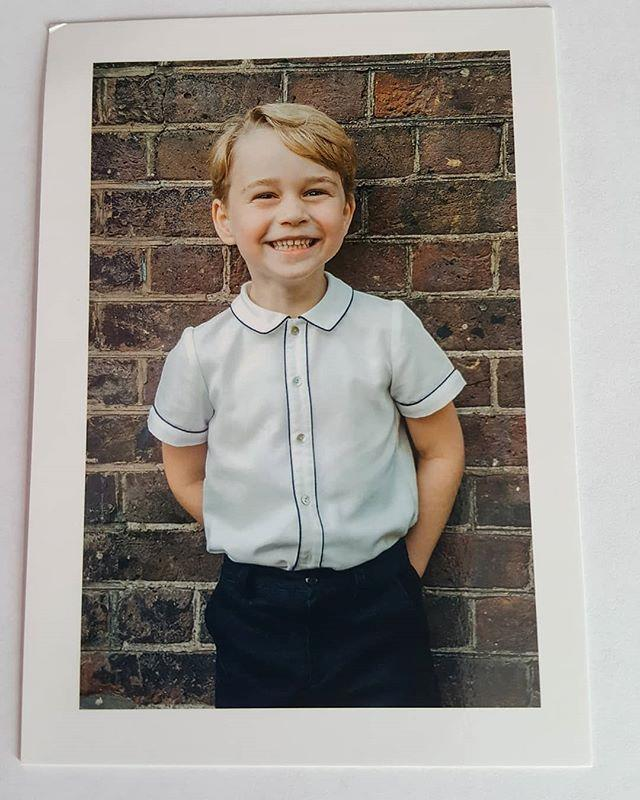 "Prince George looks both cheeky and adorable on the thank you card. *Image: Instagram/ [@loopycrown3](https://www.instagram.com/p/BnlG6oFB97d/?taken-by=loopycrown3|target=""_blank""