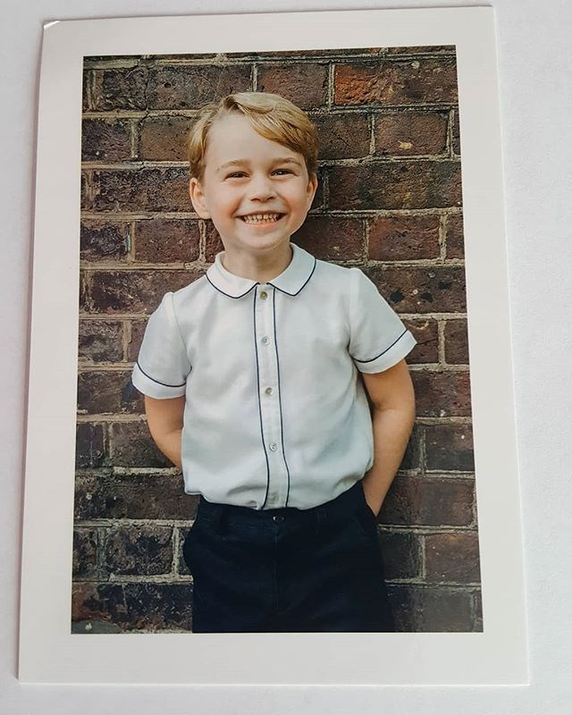 Prince George looks cheeky and adorable on the thank you card. Image: Instagram/ @loopycrown3