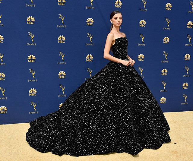 Angela Sarafyan's stunning black gown is a head-turner!