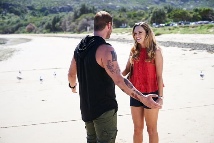 Tori asks Robbo if he has made a decision about being a sperm donor.