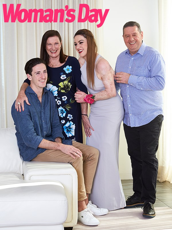 With her brother Mitchell, mum Carolyn and dad Ron.