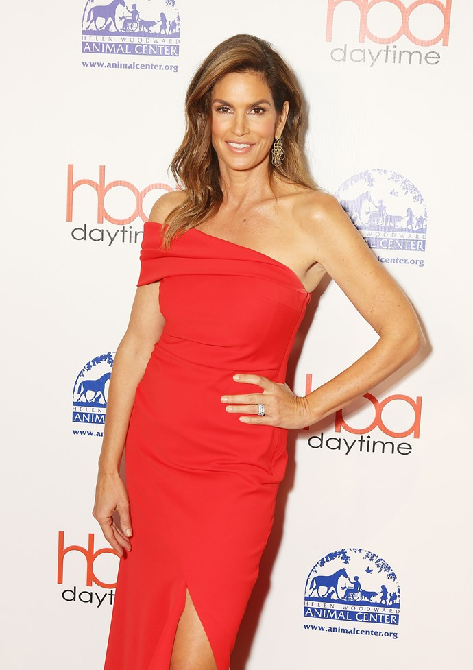 **Cindy Crawford, 52** <br><br> Cindy is the picture of youth. She could pass as her 17-year-old daughter Kaia's sister!