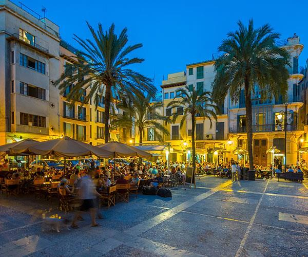 Mallorca has a buzzing night life.