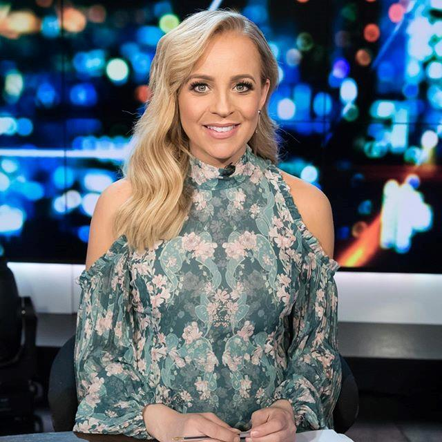 Carrie pulls off a floral print like no other! This We Are Kindred style is perfect for those in-between seasons with sleeves and shoulder cut-outs.