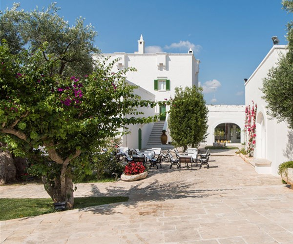 Il Melograno is renowned throughout Italy as the first masseria to open its doors to guests and reveal 400 years of history.