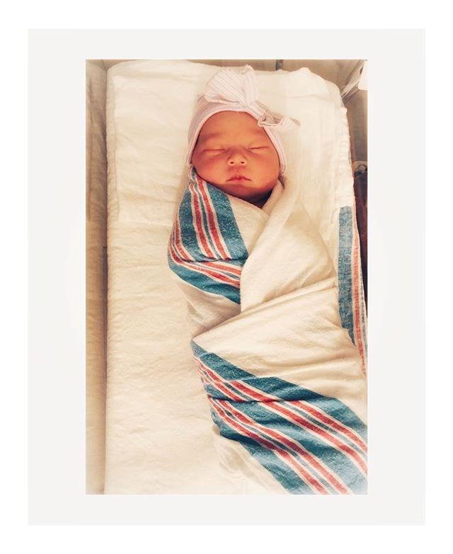 "Kate Hudson's new baby daughter has sent us swooning. *Image: Instagram / [@katehudson](https://www.instagram.com/p/Bome-d4g39Z/?taken-by=katehudson|target=""_blank""|rel=""nofollow"")*"