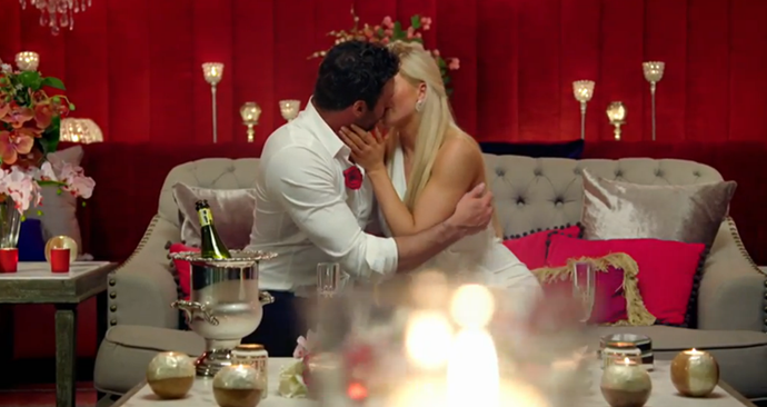 Charlie and Ali share a second passionate kiss on their date.