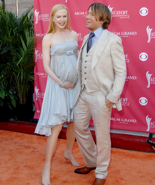 Nicole, pictured pregnant with Sunday Rose 10 years ago, and Keith would most likely need to rely on science to help them grow their brood again. *Image/Getty Images*