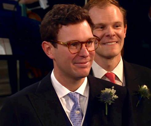 Jack kept his glasses on to watch Eugenie walk down the aisle. Image source: ITV
