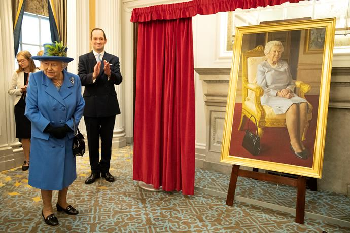 The Queen herself looked impressed with the new portrait! *(Image: Getty Images)*