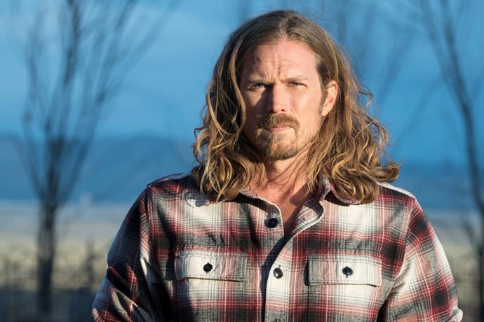 Jason as immortal angel Joe Strong in *Midnight, Texas*.