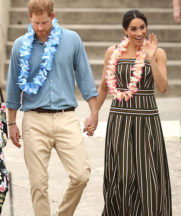 Royal fans flocked to see Harry and Meghan on Bondi Beach. *(Image: Getty Images)*