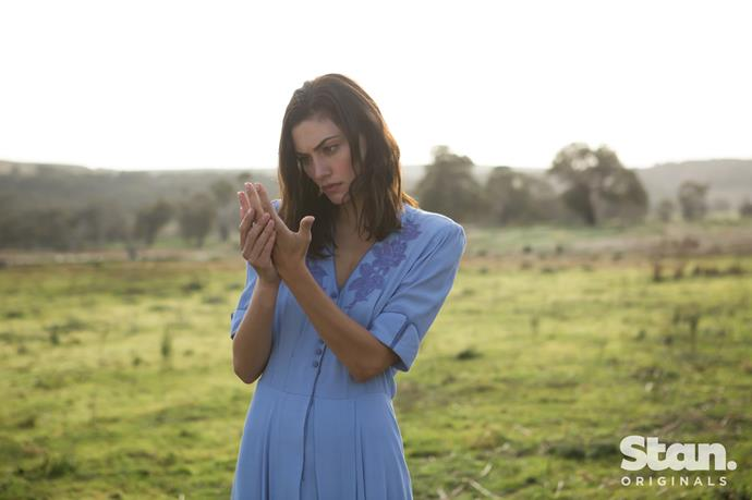 Phoebe Tonkin as Young Gwen.