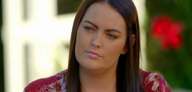 Jess, Ali's best friend, looking unimpressed during her exchange with Robert. *(Source: Network Ten)*