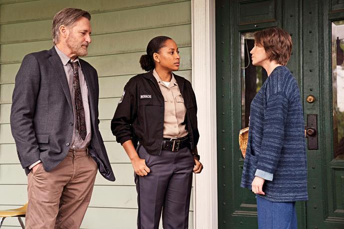 Harry and Heather Novack (Natalie Paul) investigate a double homicide.