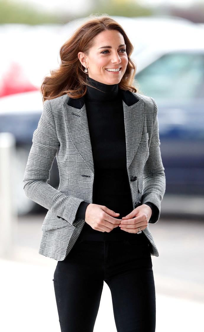 "Duchess Kate uses dietician Louise Parker's ""seven-step"" program to stay in tip-top shape! *(Source: Getty)*"