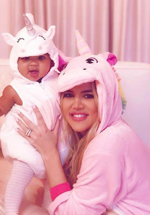 Khloe Kardashian and daughter True couldn't be any cuter in their unicorn get-ups! *(Image: Instagram / @khloekardashian)*