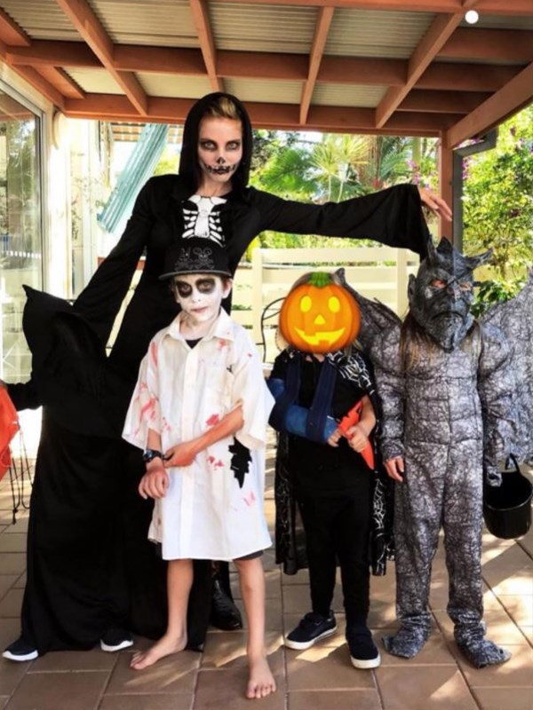 Imagine if these guys came trick or treating at your door! Elsa and the kids looked suitably spooky for Halloween. *(Image: Instagram @elsapatakyconfidential)*