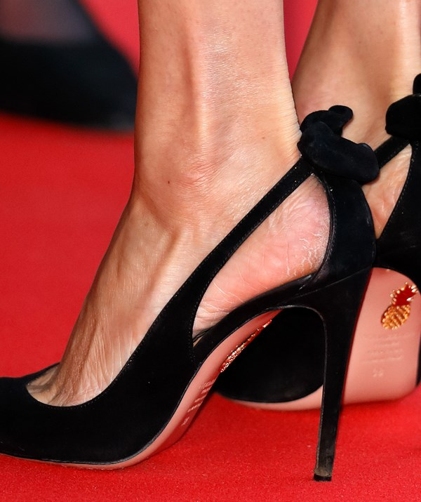 HRH's heels needs some paw paw cream STAT. *(Image: Getty Images)*