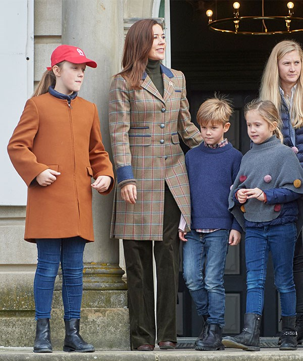 It was a fun family day out for Mary, Isabella (L), Vincent and Josephine. *(Image: hbgbild/MEGA)*