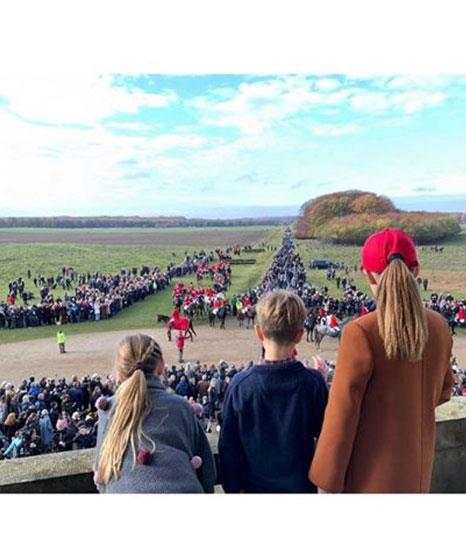 What a shot! Mary and Fred's children look out onto the crowds. *(Image: @detdanskekongehus Instagram)*