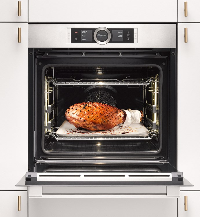 "[Bosch 8 Series Combo steam oven](https://www.harveynorman.com.au/bosch-600mm-series-8-pyrolytic-oven.html|target=""_blank""